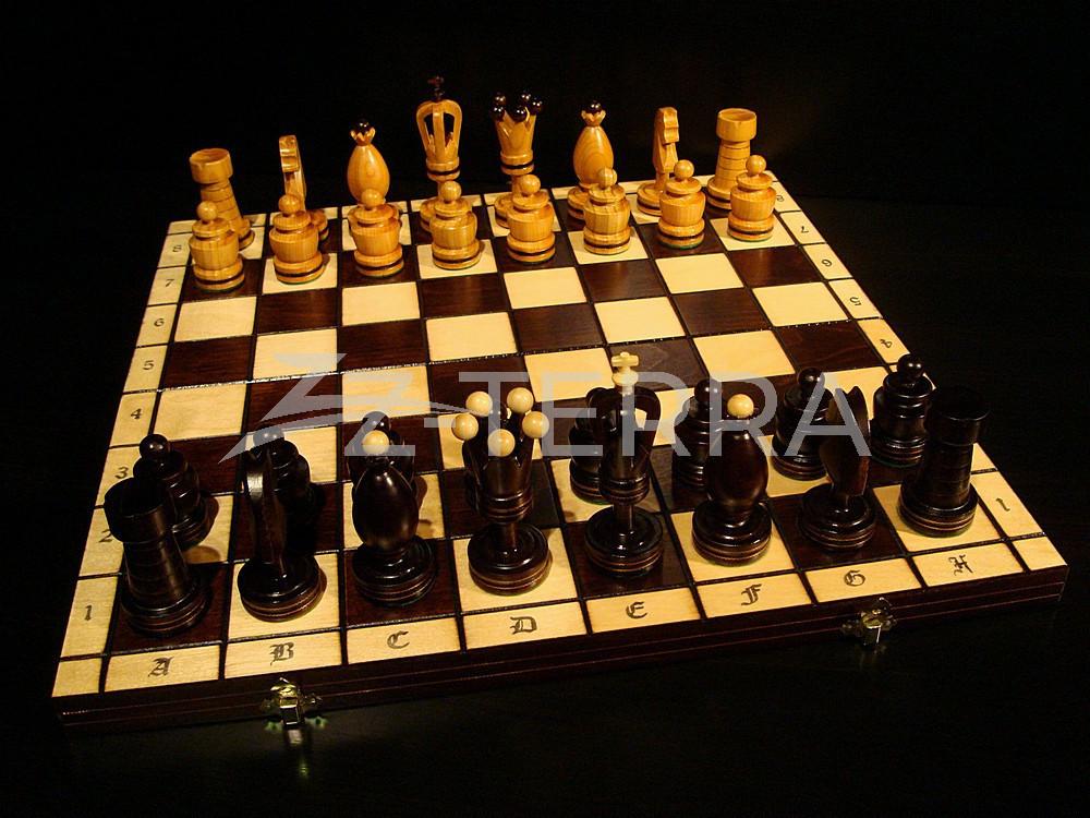 Подарочные шахматы...