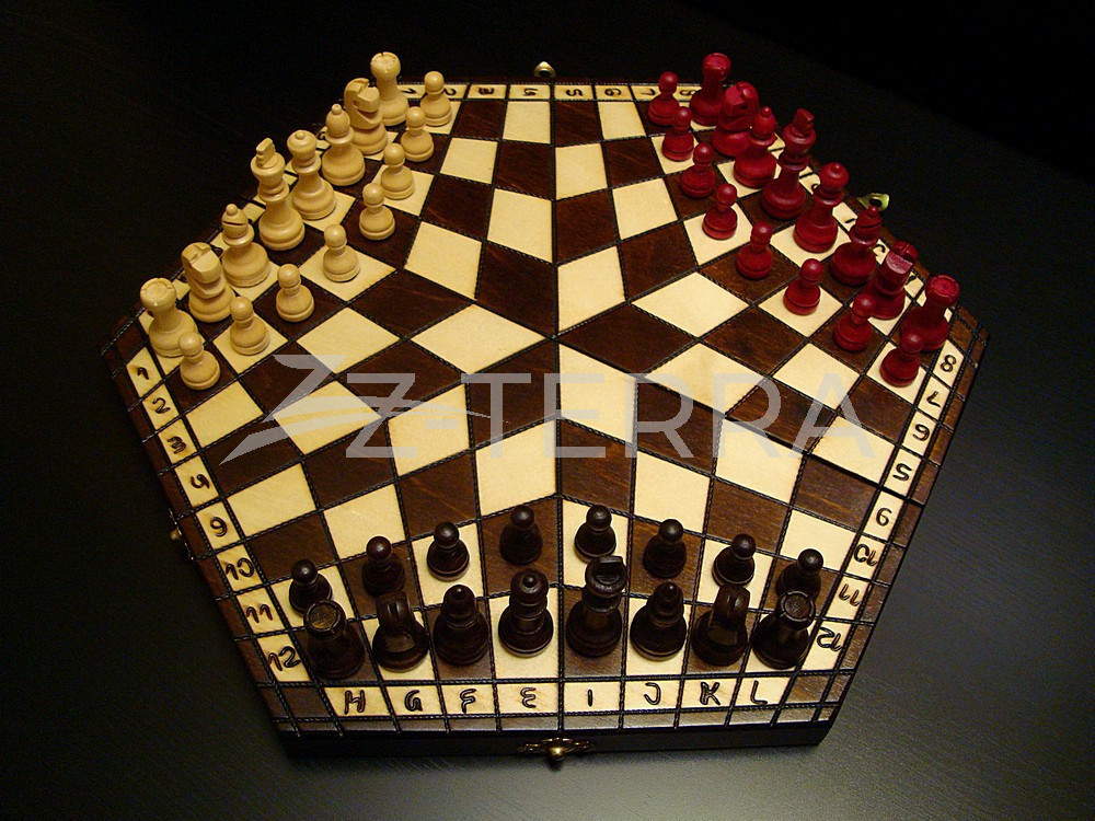 "Шахматы на троих ""Трио""..."
