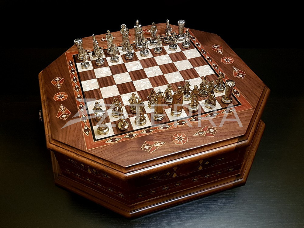 "Шахматы ""Бастион"" орех антик"